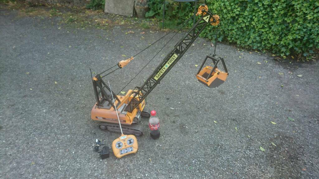 Massive Rc rechargeable crane toy