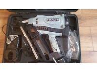 Hitachi NR90GC2 First Fix Nail Gun