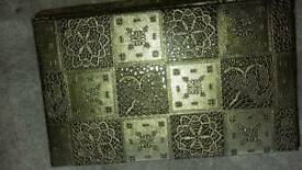 Bangle / jewelery box