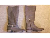 Ladies leather boots, size 8. Excellent condition - nearly new!