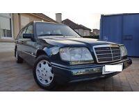 1995 Mercedes E220 Estate W124 (S124)