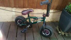 Rocker 2 bmx brand new built and never used once bargain