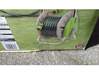 GARDEN HOSE AND REEL SET 15 METRES BRAND NEW
