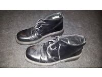Black formal shoes, size 8. excellent condition