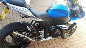 Suzuki gsxr 1000 l4 lost of extras new tyres excellent as new condition