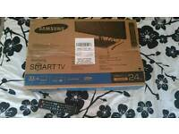 "SAMSUNG 24"" 1080p SMART TV"