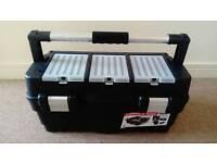 Sturdy toolbox nearly new