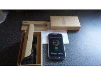 Brand new unlocked samsung s4 never been used