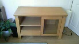 Light oak audio unit. Quality furniture in excellent condition.