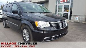 2015 Chrysler Town & Country Touring-L Leather,Nav,Dual DVDs,Pwr