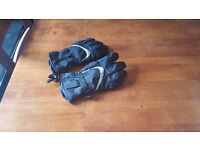 Waterproof ski gloves, mens med/large fit - UNUSED