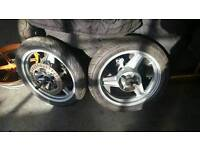 Pair of CBR 600 wheels (jelly mold) 87 - 90