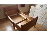 Toddler bed (3 size )