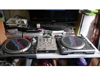 Numark Vinyl TT200 Decks/Turntables with PS-626i stereo mixer