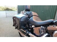 HARLEY-DAVIDSON Detachable Leather Saddlebags with fat boy lacing