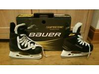 Excellent condition youth bauer ice hockey skates