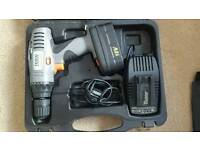 Powerful 18v drill with case