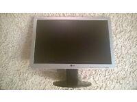 "LG 19"" widescreen pc monitor"