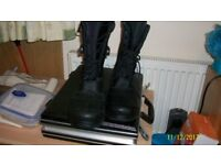 mens size 10 black motorcyle boots new and unworn