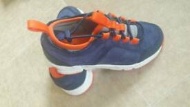 NEW BOYS TRAINERS SIZE 11