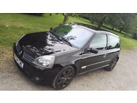 Renault Clio 2.0 RenaultSport RS 182 FF – MOT, belts and pump changed within last two years
