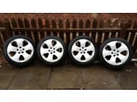 "4 x Vauxhall Vectra C Elite, 17""Alloy wheels & tyres."