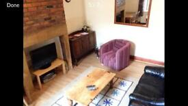 Large double room available now in Heaton