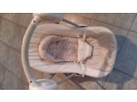 MAMAS AND PAPAS Swing Chair White in good condition