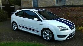 Ford focus ST white with blue stripes