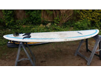 Surf Series SevenSeven 7ft 7inches Surfboard with 3 fins and a leash
