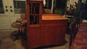 Hutch/Caninet  from Eatons.