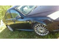 , (wanted) St mondeo front bumper and drivers side wing in panther black