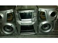 PANASONIC 5 DISC MULTICHANGER STEREO