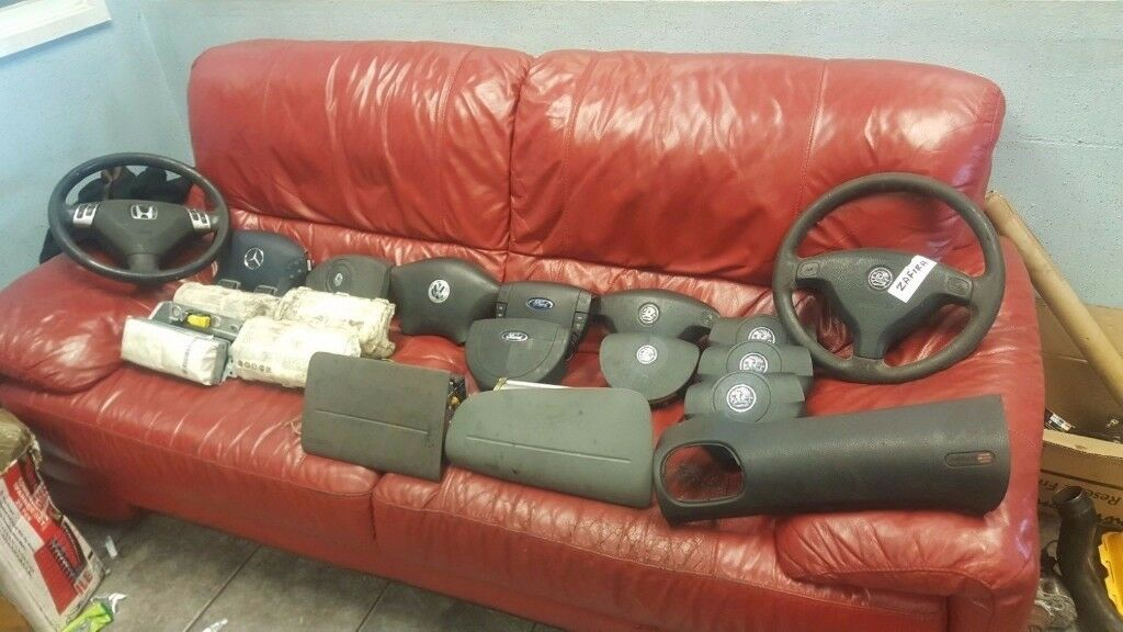 JOB LOT 17 variety of AIR BAGS FOR VARIOUS MAKES MODELS MERCEDES HONDA OPEL FORD