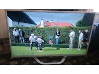 LG 47 LED TV SMART/FREEVIEW HD/FREESAT/WIFI/100HZ/MEDIA PLAYER/ULTRA SLIM/ AS NEW NO OFFERS
