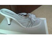 Size 7-8 (41) high heel sandal