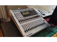Behringer 32/16 Digital mixer - perfect condition