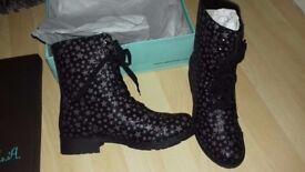 Dolls Kill ladies galaxy boots. BNIB size 6