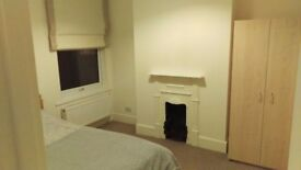 Double room in West Ealing (Hanwell) £135 p/week, bills included, available immediately