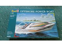 Offshore power boat Revell model