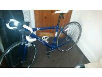 Pendelton Road bike (16 GEARS) Pristine condition roadbike