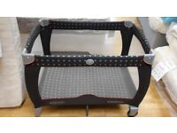 Excellent condition Graco Travel Cot Bed. Baby, toddler travelling, folding bed