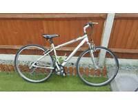 Mens 700c mountain bike