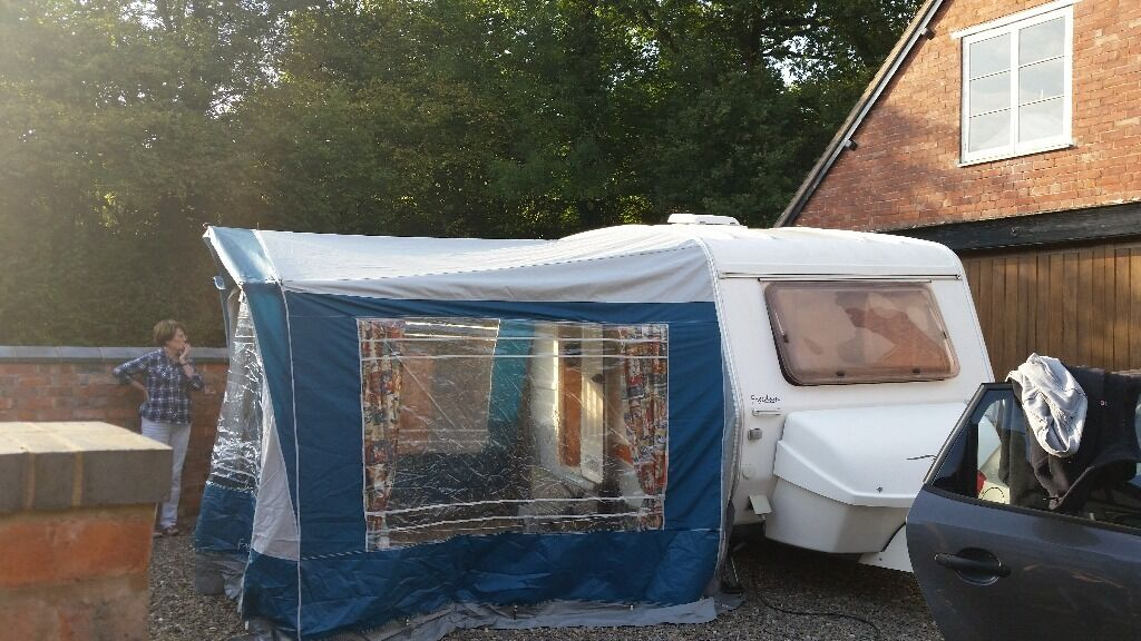 Freedom Caravan Awning In Great Condition In Tile Cross