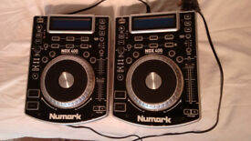 Numark NDX400 pair of table top players
