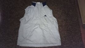 girls Adidas Gilet age 9-10 years old