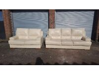 Cute cream leather sofa suite, 3+2 seater sofas, a bit of wear, can deliver