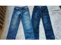 2 pairs boys jeans - Age 8-9