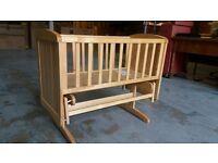 swinging crib / cot ( mothercare )