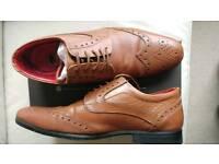 Men's size 9/43 tan shoes